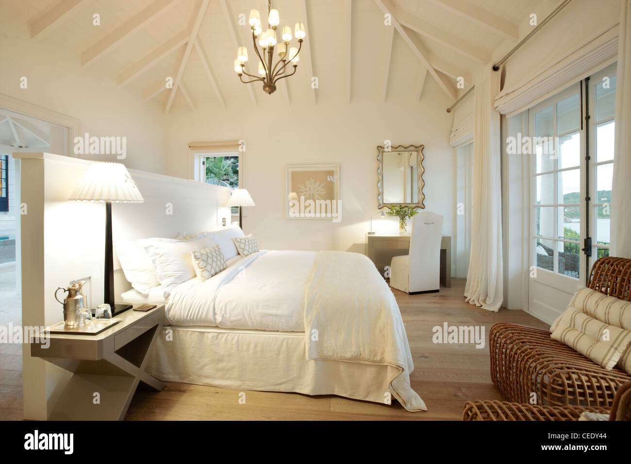 sunrise master bedroom suite - Stock Image