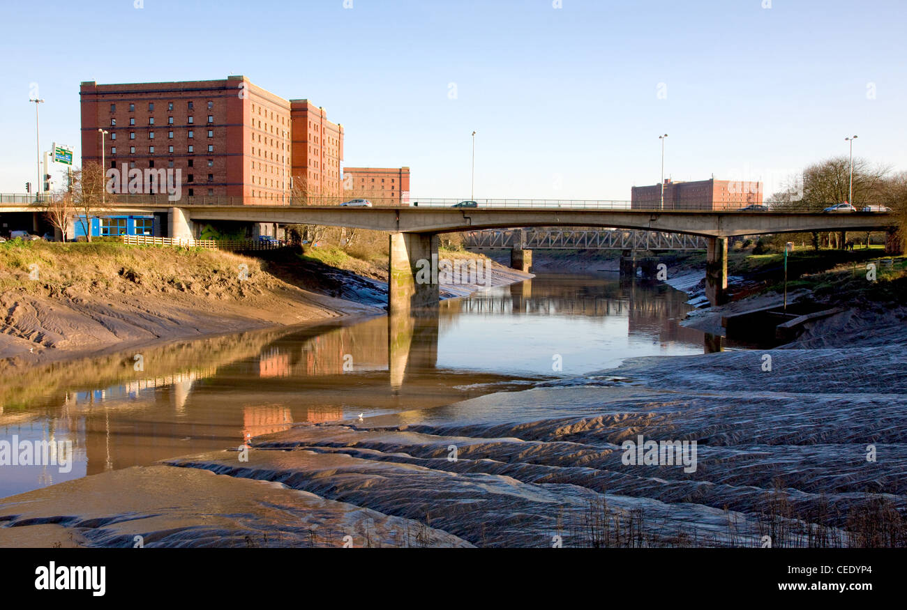 Road bridge  bridge over the river Avon with old bond warehouse now housing Create Centre and Bristol Records Office - Stock Image