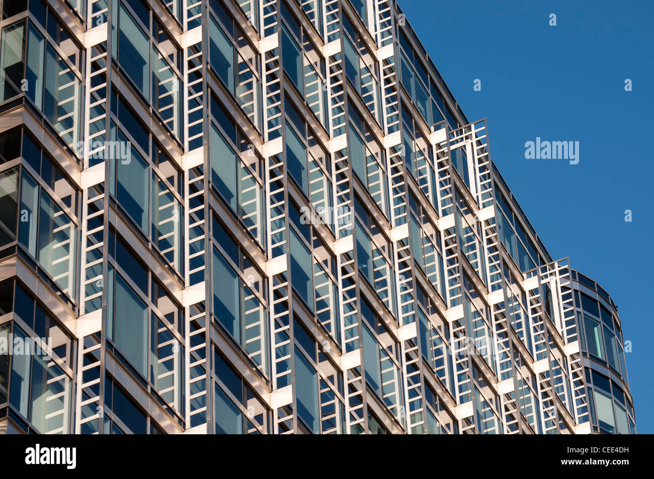 Facade Detail, Office Building at 20 Canada Square by Skidmore, Owings and Merrill, Canary Wharf, Docklands, London, - Stock Image