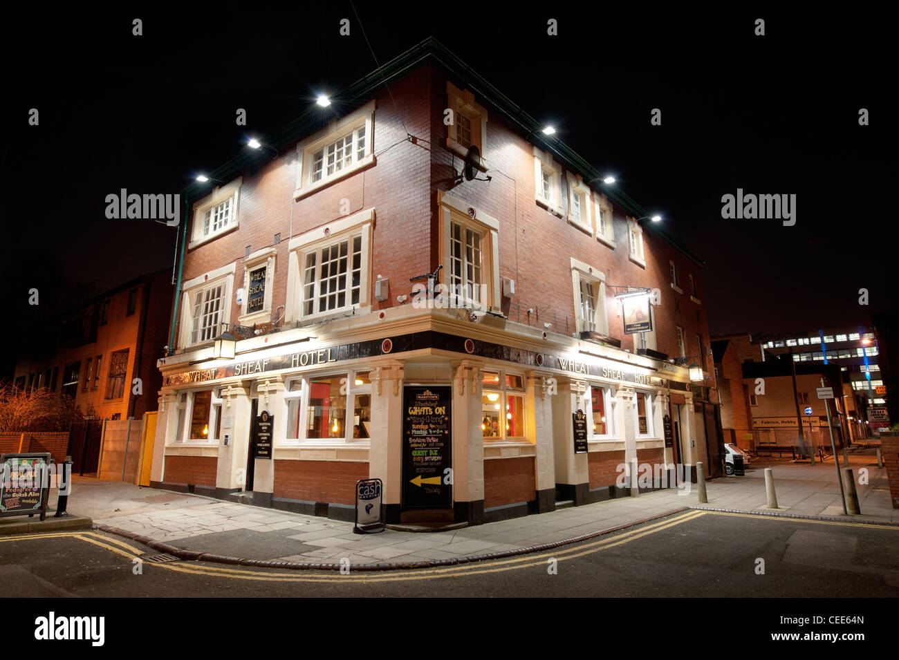 The Wheatsheaf pub located in the Northern Quarter of Manchester, taken at night. - Stock Image