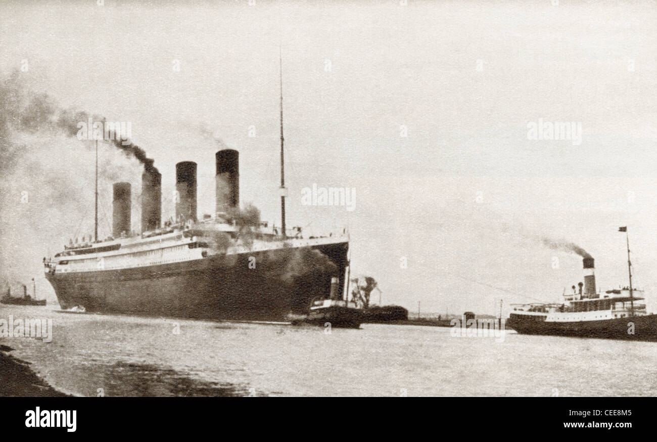 RMS Titanic passenger liner of the White Star Line. From The Story of 25 Eventful Years in Pictures, published 1935. - Stock Image