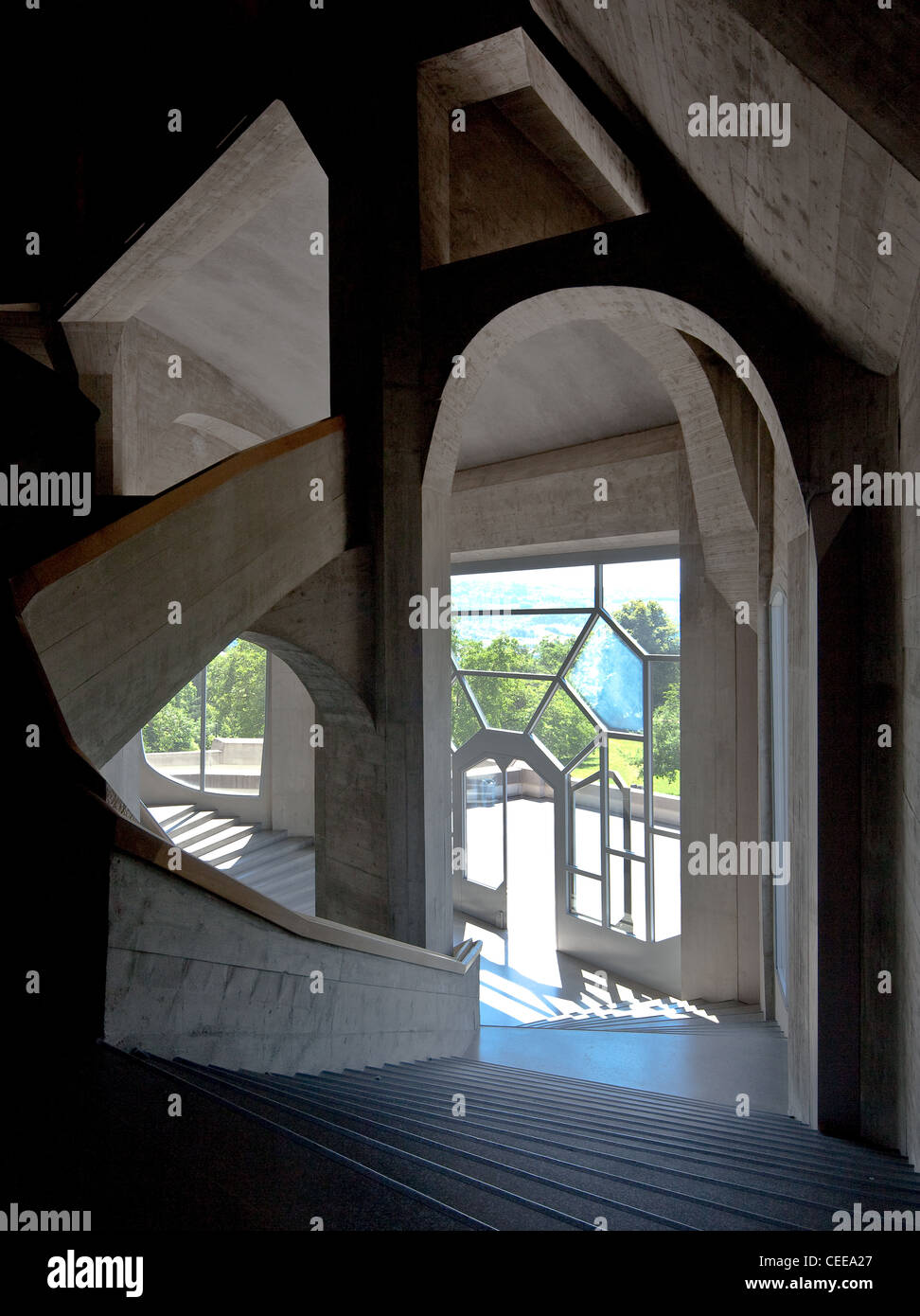 Dornach, Goetheanum, Sitz der Allgemeinen Anthroposophischen Gesellschaft, Baubeginn 1925, Haupttreppenhaus mit - Stock Image