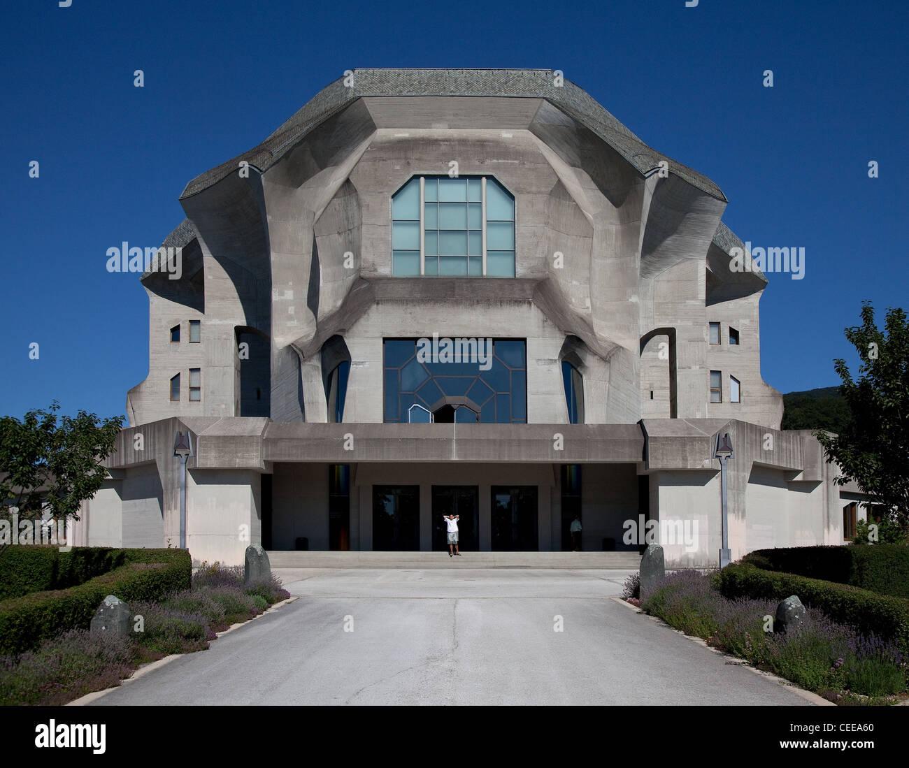 Dornach, Goetheanum, Sitz der Allgemeinen Anthroposophischen Gesellschaft, Baubeginn 1925, Ansicht von Westen - Stock Image