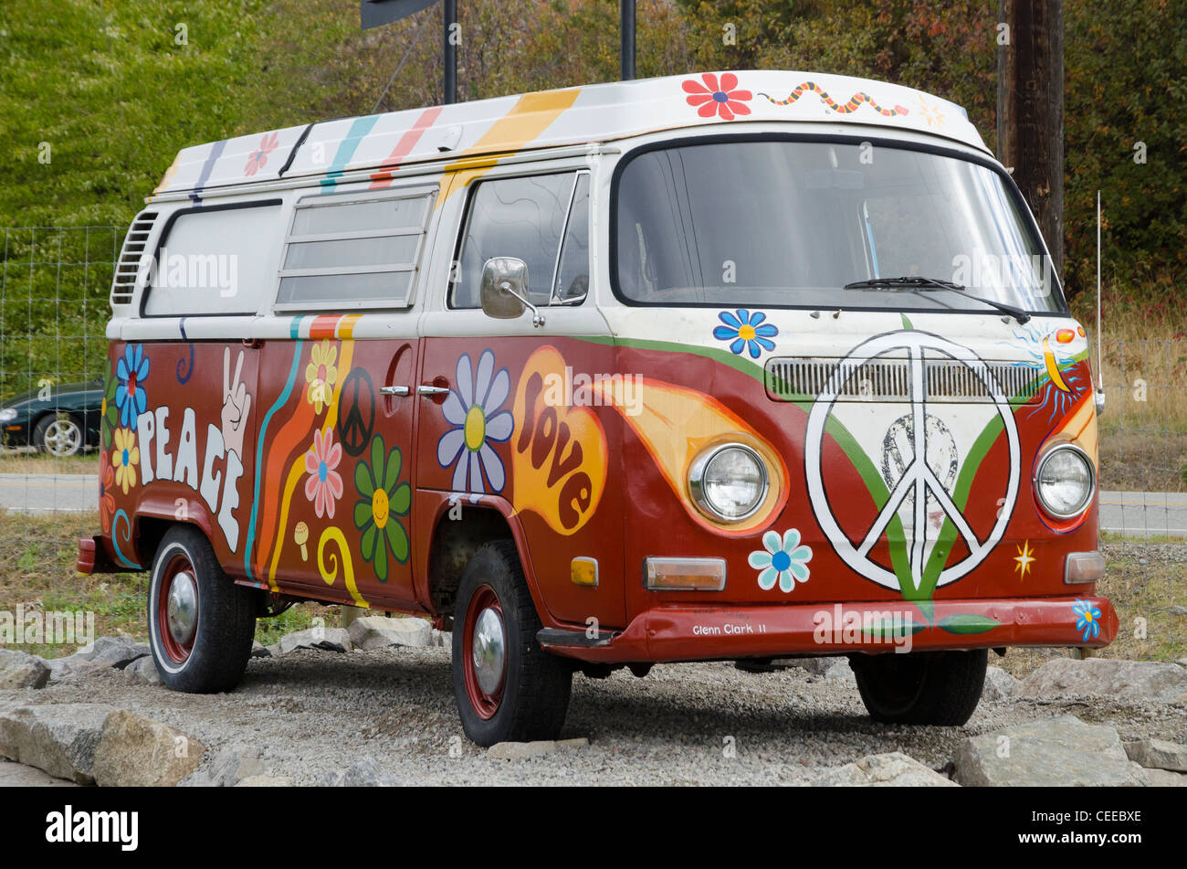 Painted Hippie Van Bus High Resolution Stock Photography And Images Alamy