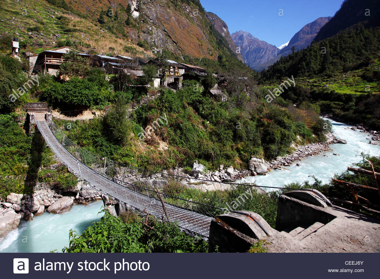 Village of Tilche along the Dudh Khola river, Manang district - Stock Image
