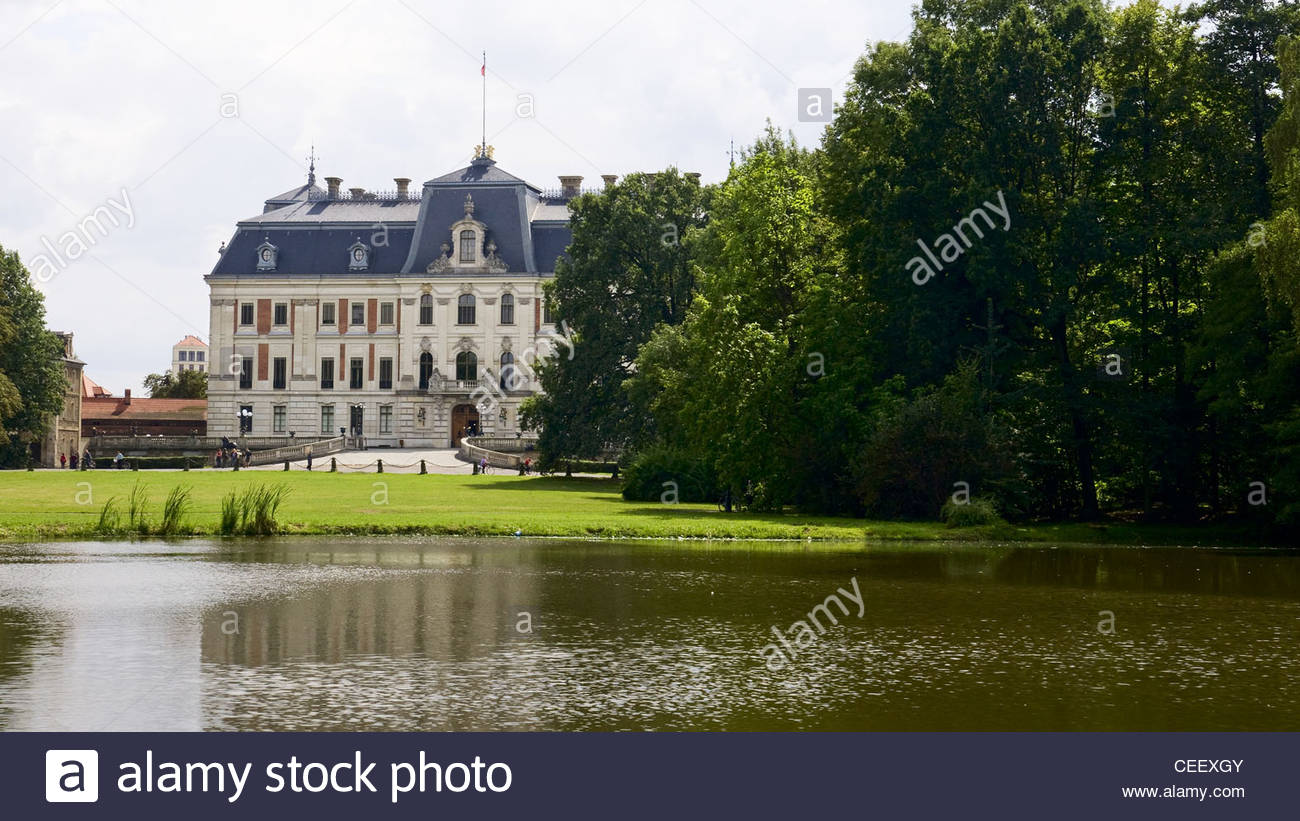 Hunting in view of the palace from the garden Pless - Stock Image