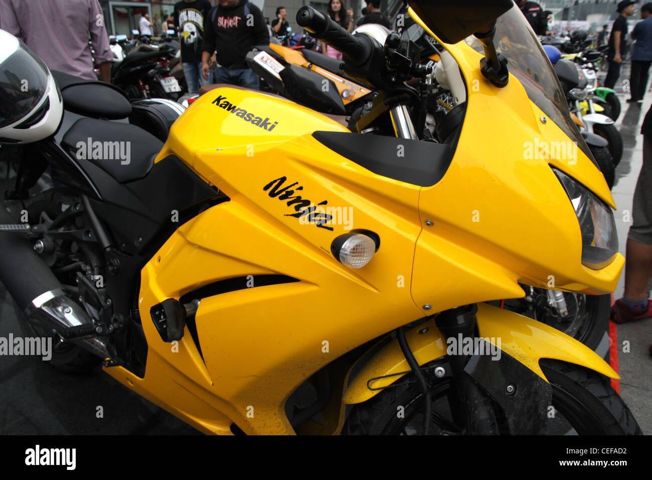 Kawasaki Ninja Stock Photos & Kawasaki Ninja Stock Images - Alamy