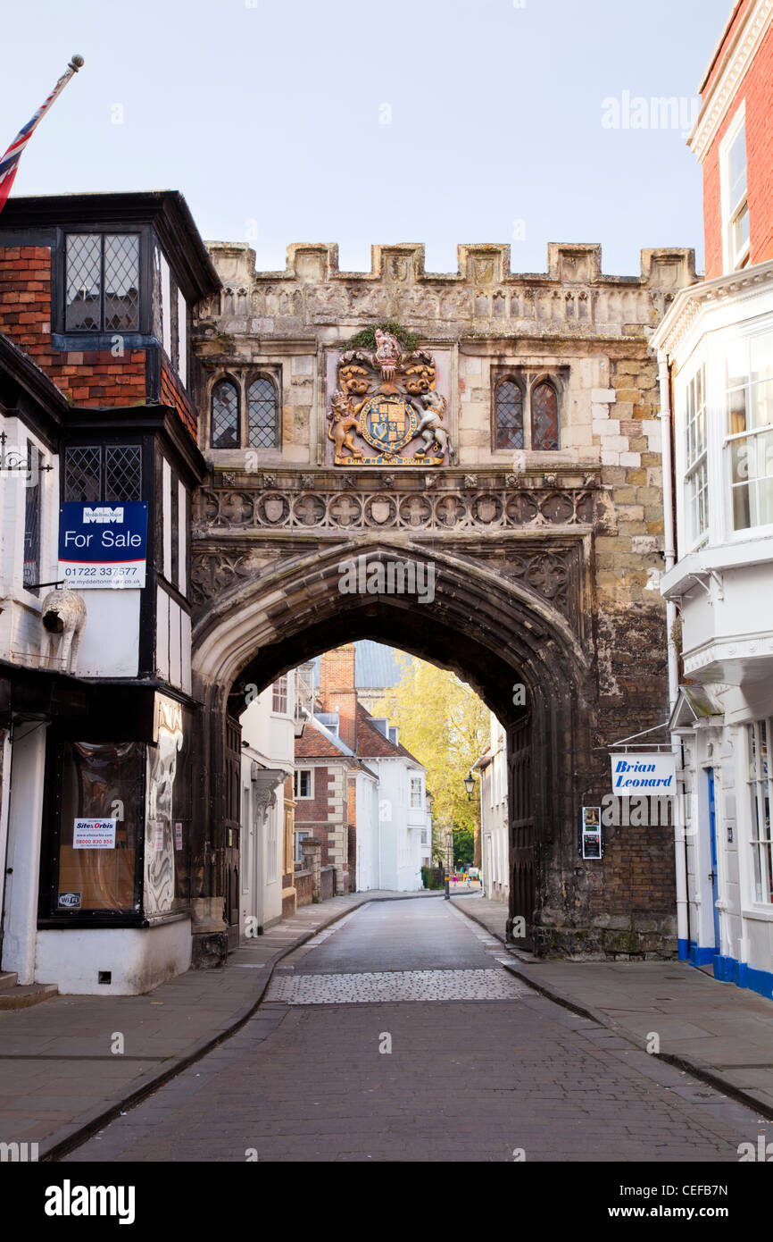 The North Gate to the Cathedral Close, Salisbury, Wiltshire. - Stock Image