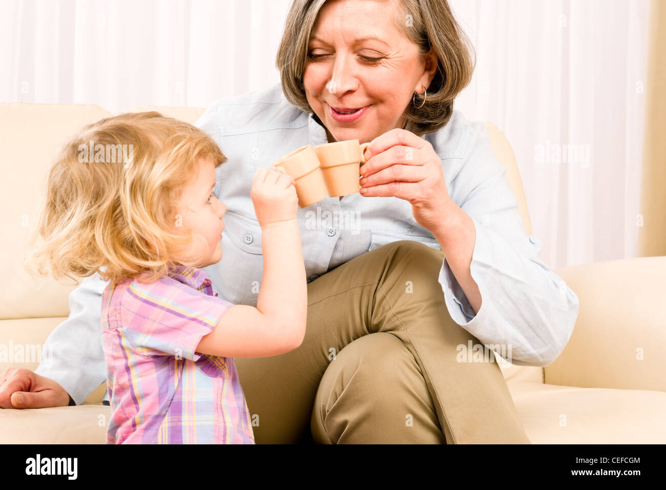 who-grandma-sand-teen-girl-granny-milf