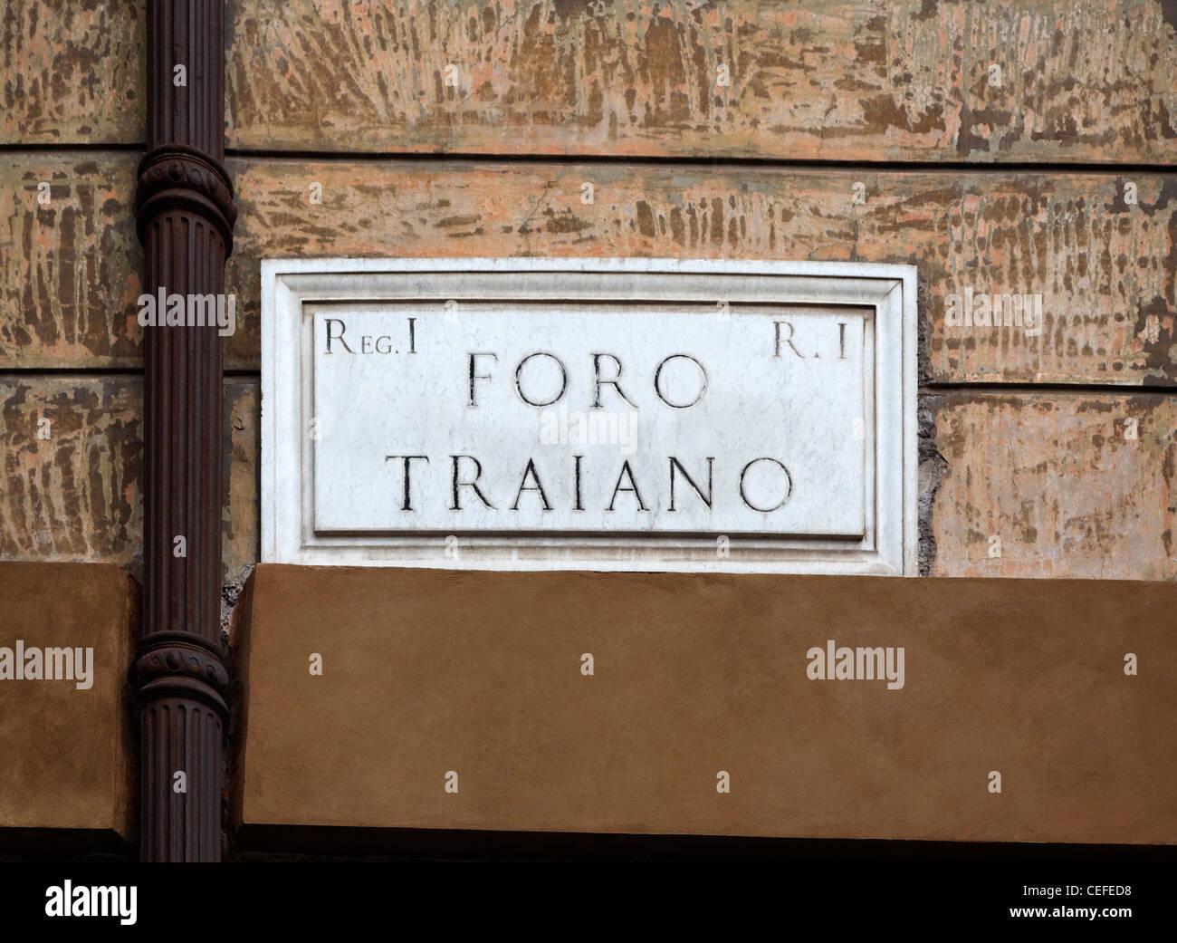 Sign reading 'foro romano' - Stock Image