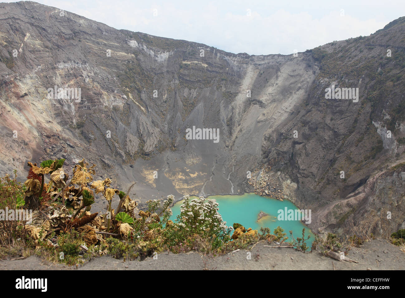 Lake in the caldera of Irazú Volcano or  Volcán Irazú active volcano in Costa Rica, Central America - Stock Image