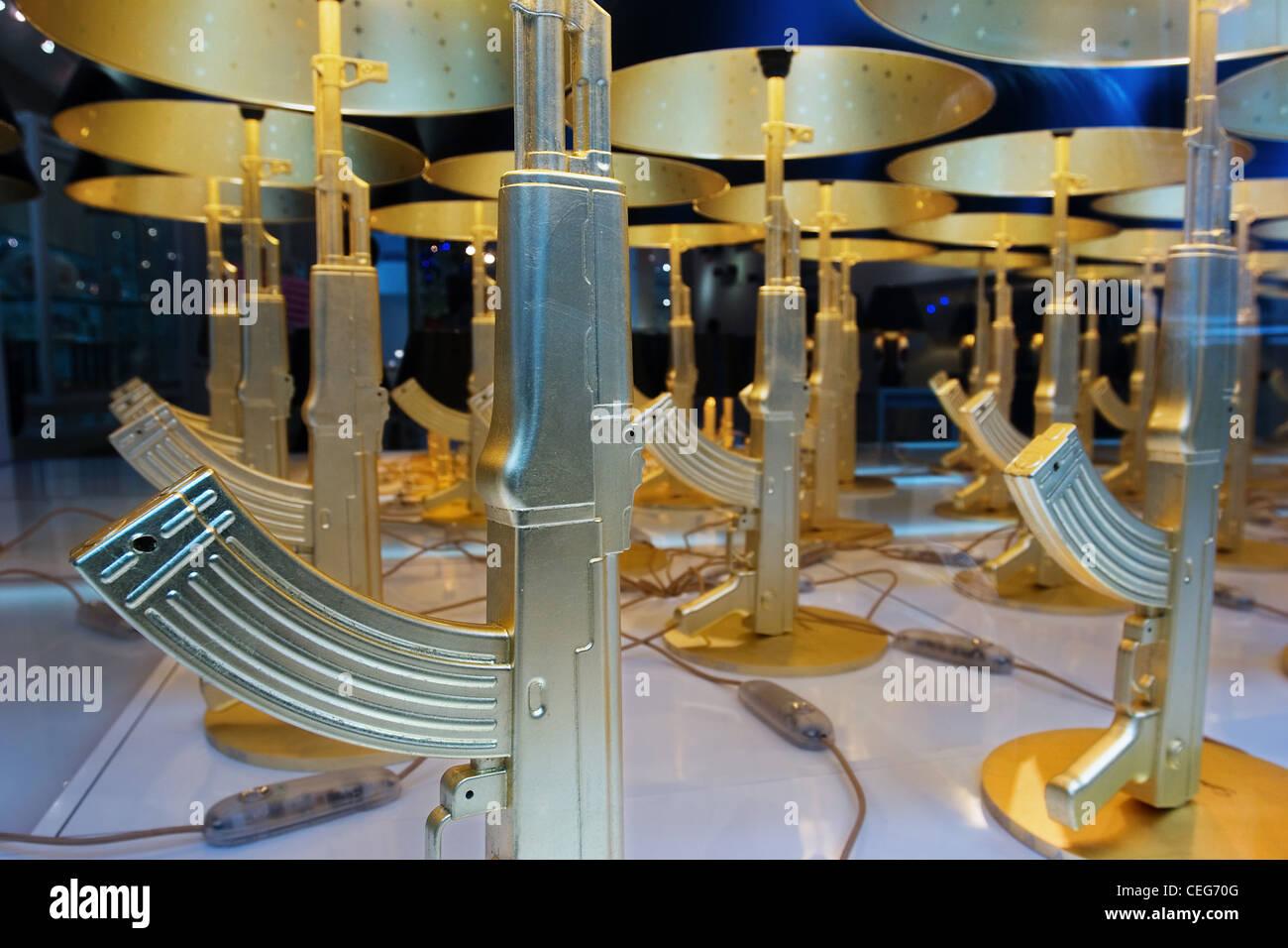 Kalashnikov-themed lamps, Soho New York City - Stock Image