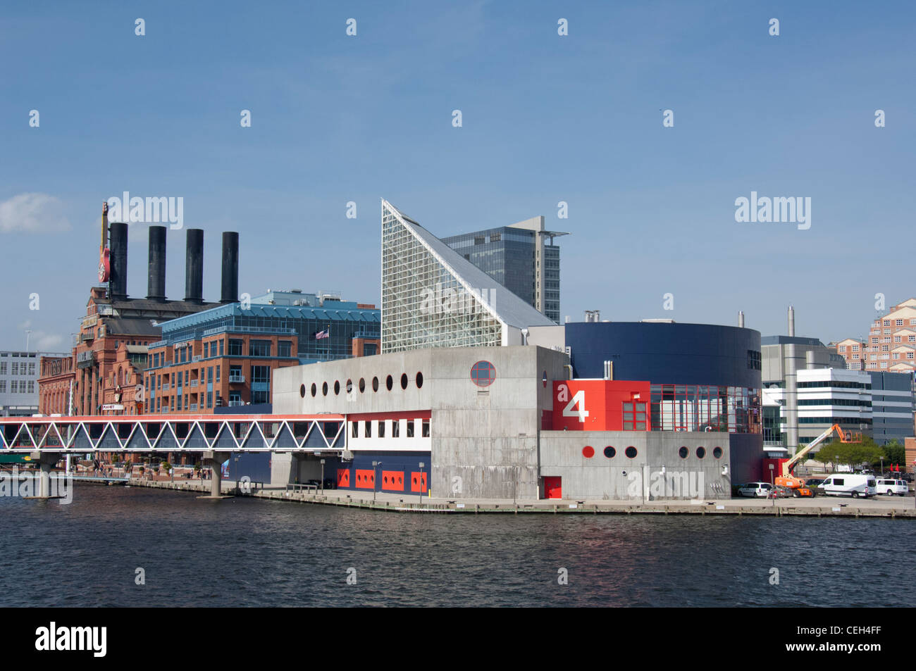 Maryland, Baltimore. National Historic Seaport of Baltimore. National Aquarium of Baltimore at Pier 4. - Stock Image
