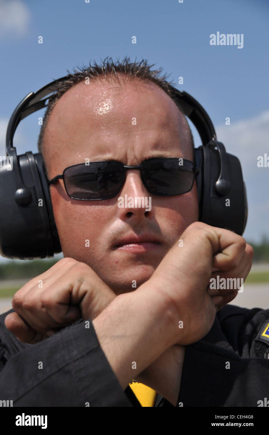 Changi Coast, Singapore - The A-10 East Demonstration Team crew chief, Staff Sergeant David Clifford of Moody AFB, - Stock Image