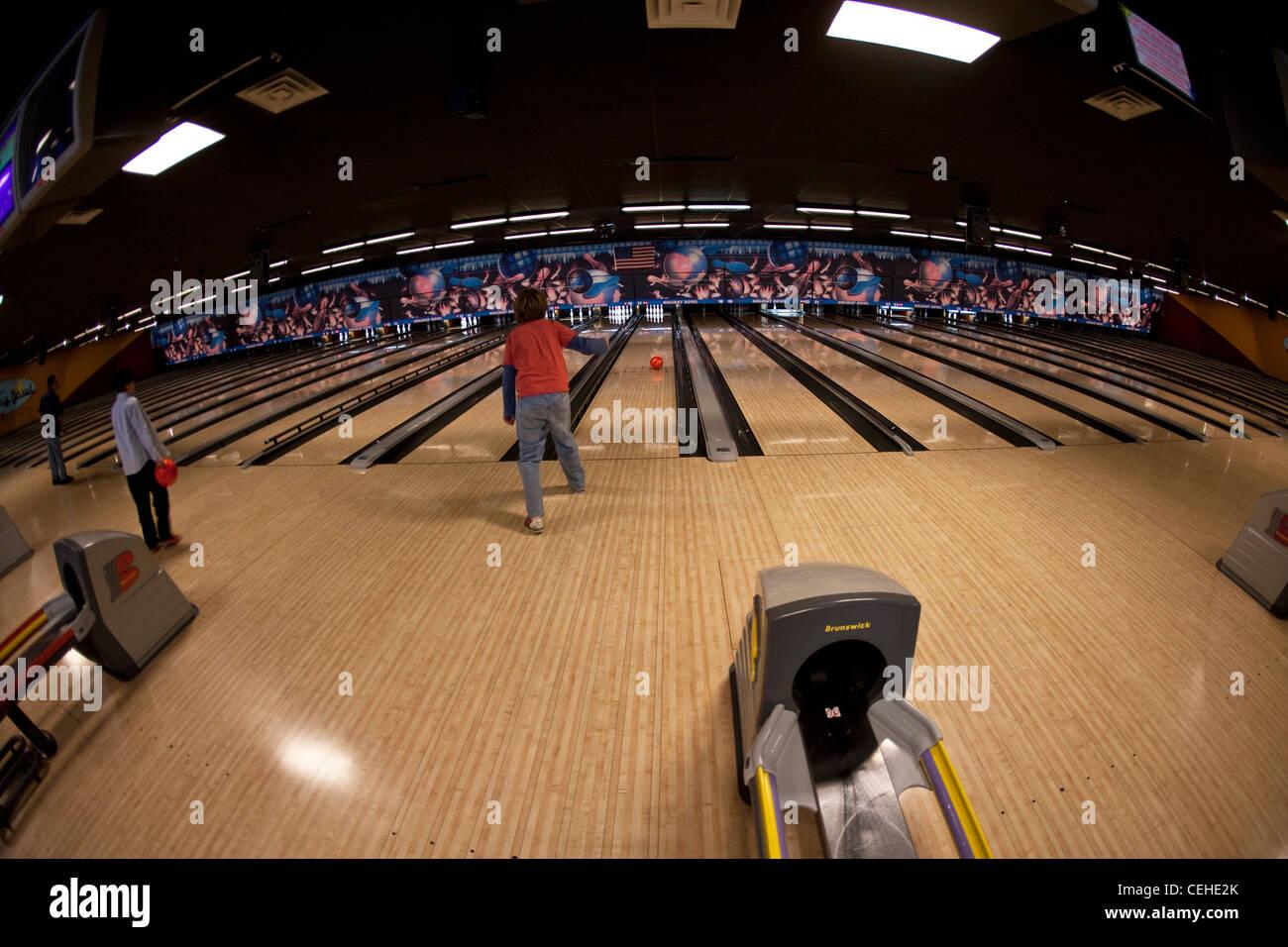 Gutter Ball Bowling Stock Photos & Gutter Ball Bowling Stock Images ...