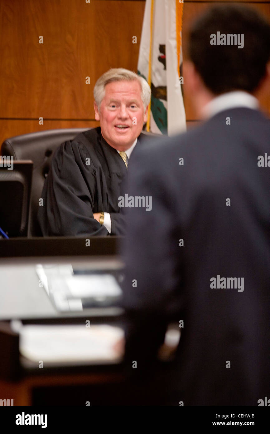 A real judge responds to a student's argument at the law school of the University of California at Irvine moot - Stock Image