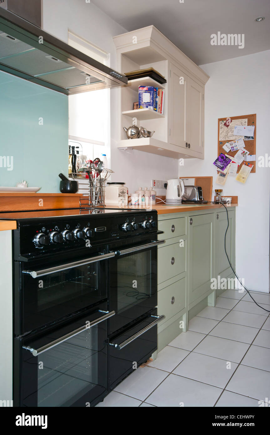 Kitchen With A Range Cooker cookers ceramic hob - Stock Image