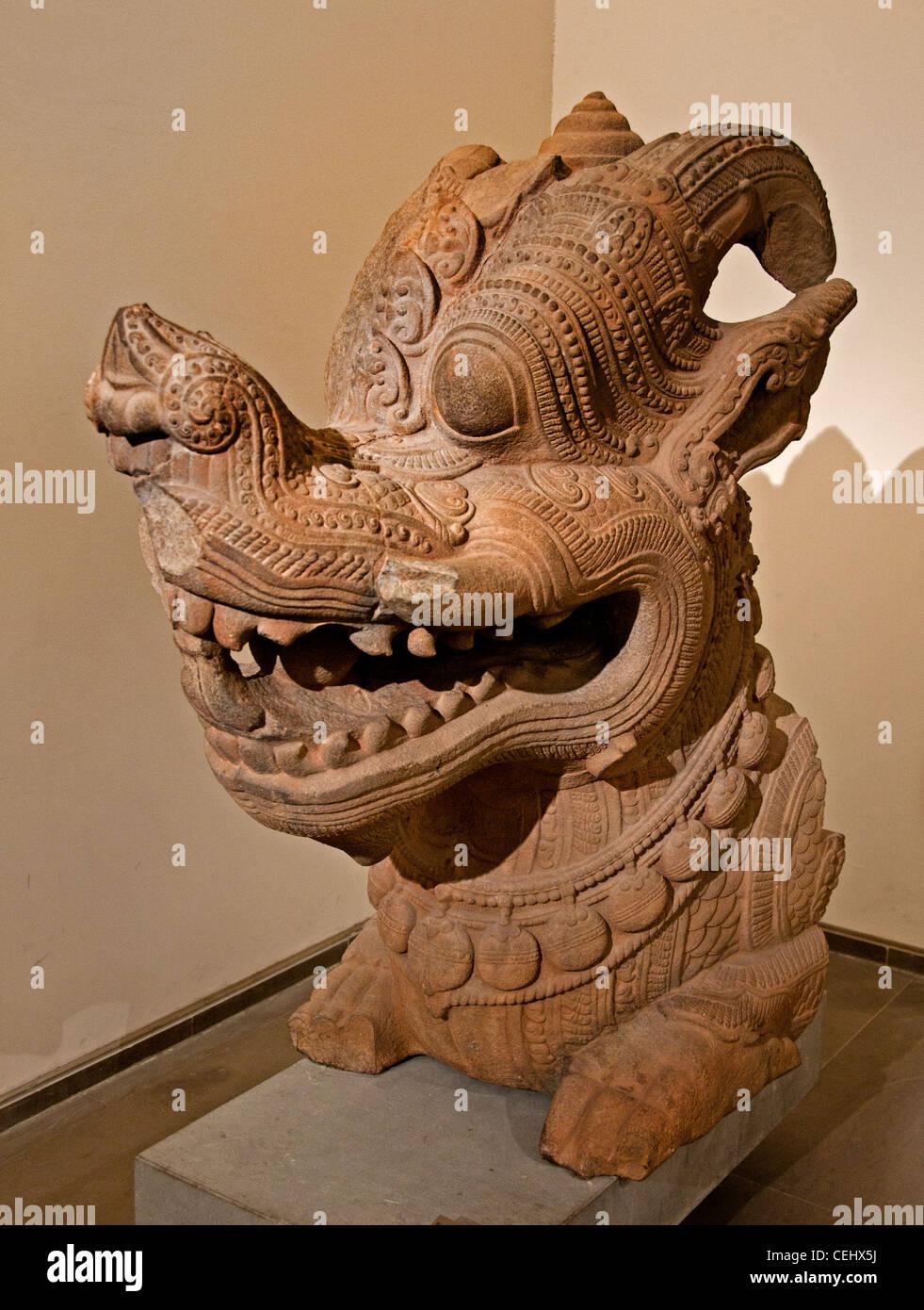 Element of echiffre Makara Dragon 13 Century Vietnam  Thap Mam Province de Binh Dijh style de Thap Mam - Stock Image