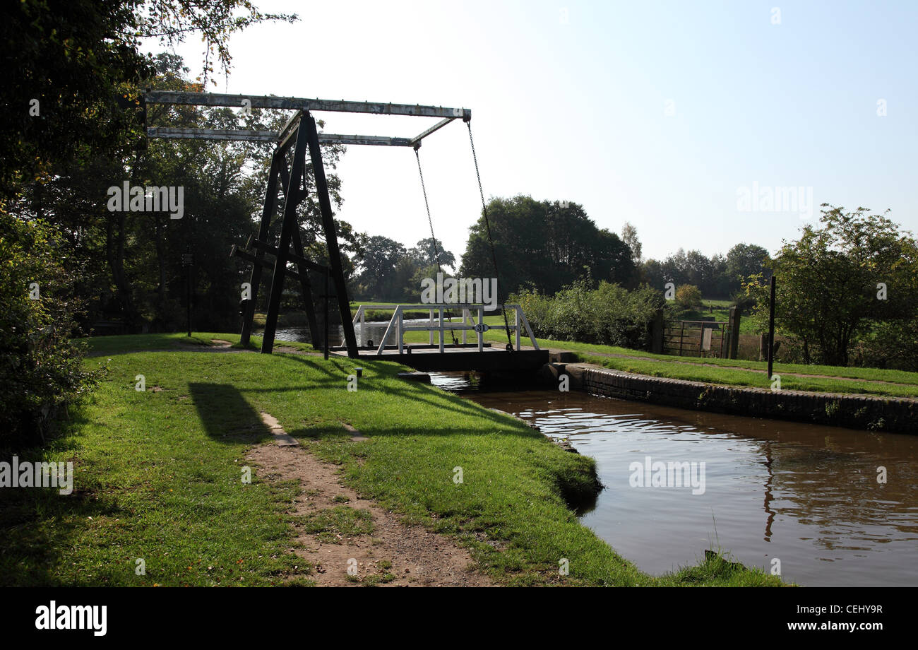 New Mills lift bridge number 31 on the Llangollen canal near Whitchurch, Shropshire UK, - Stock Image