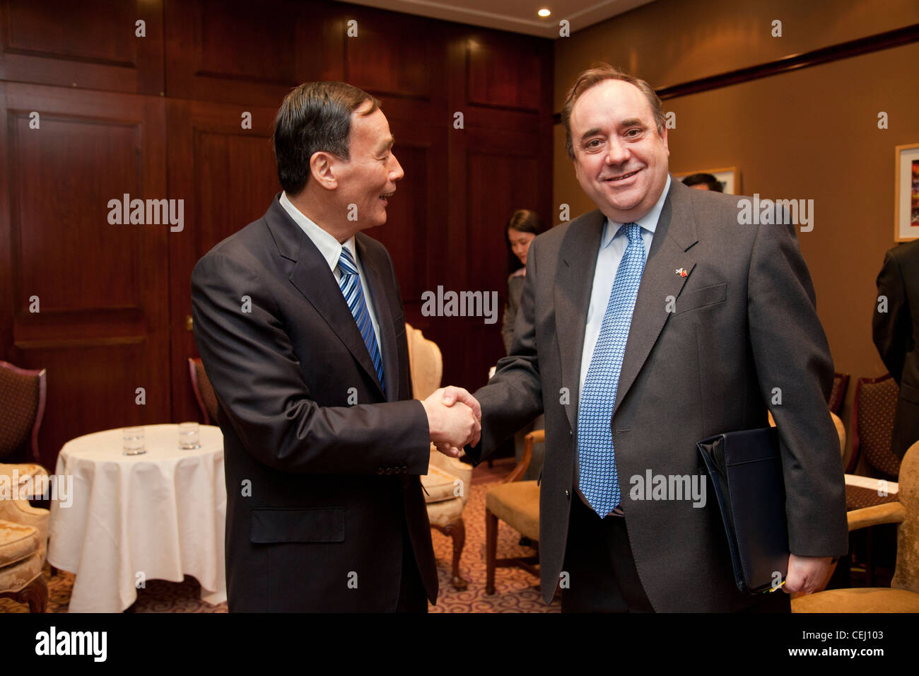 Scotland's First Minister Alex Salmond meets China's Vice Premier Wang Qishan ahead of joint economic talks - Stock Image