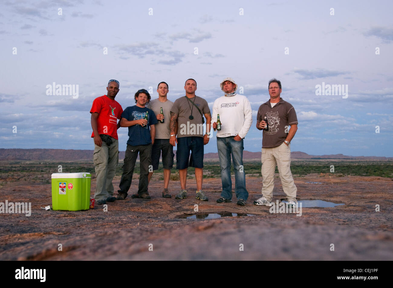 Tourists with cooler box outside Augrabies,Northern Cape - Stock Image