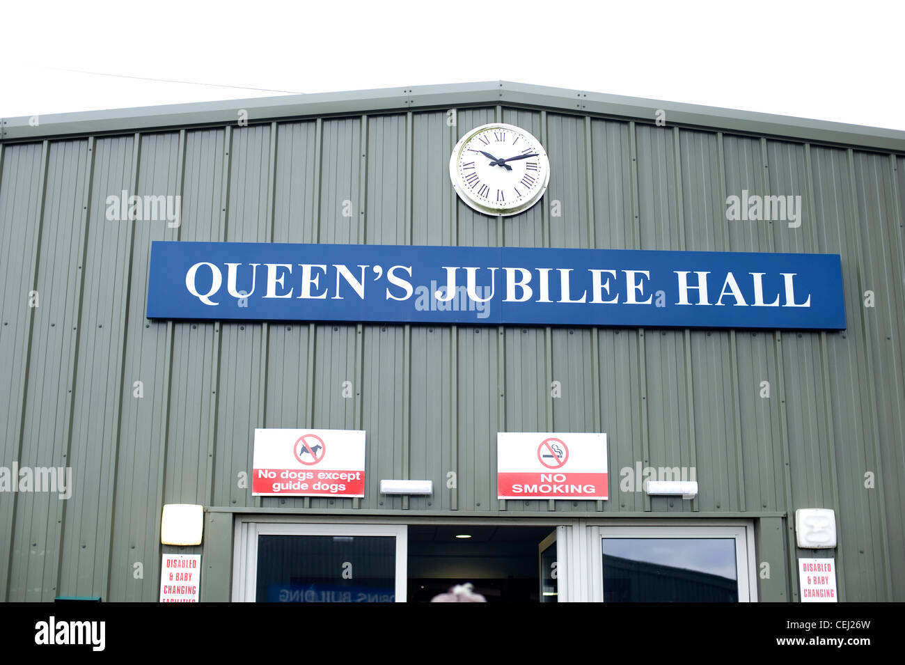 Queen's Jubilee Hall, South of England Showground, Ardingly antiques fair, West Sussex, England, UK - Stock Image
