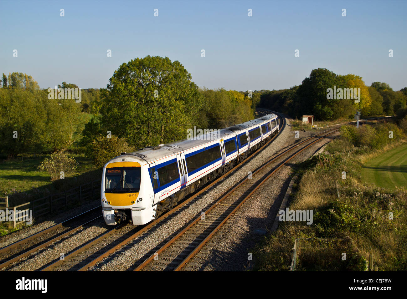 Chiltern train's dmu passes Hatton North jct near Warwick with a London Marylebone - Birmingham Moor Street - Stock Image