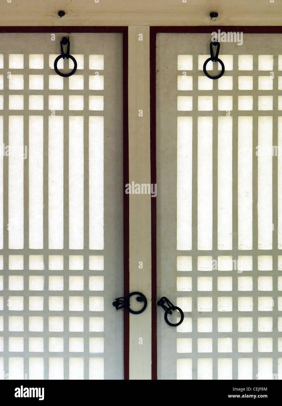 window detail of changdeok palace in seoul korea - Stock Image