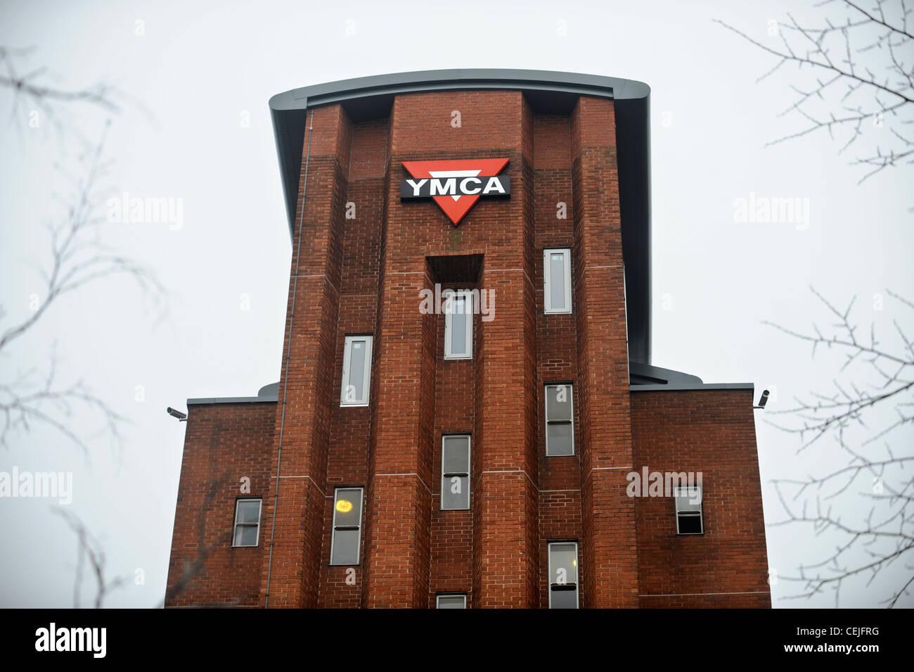 Shelter Charity Uk Stock Photos & Shelter Charity Uk Stock Images ...