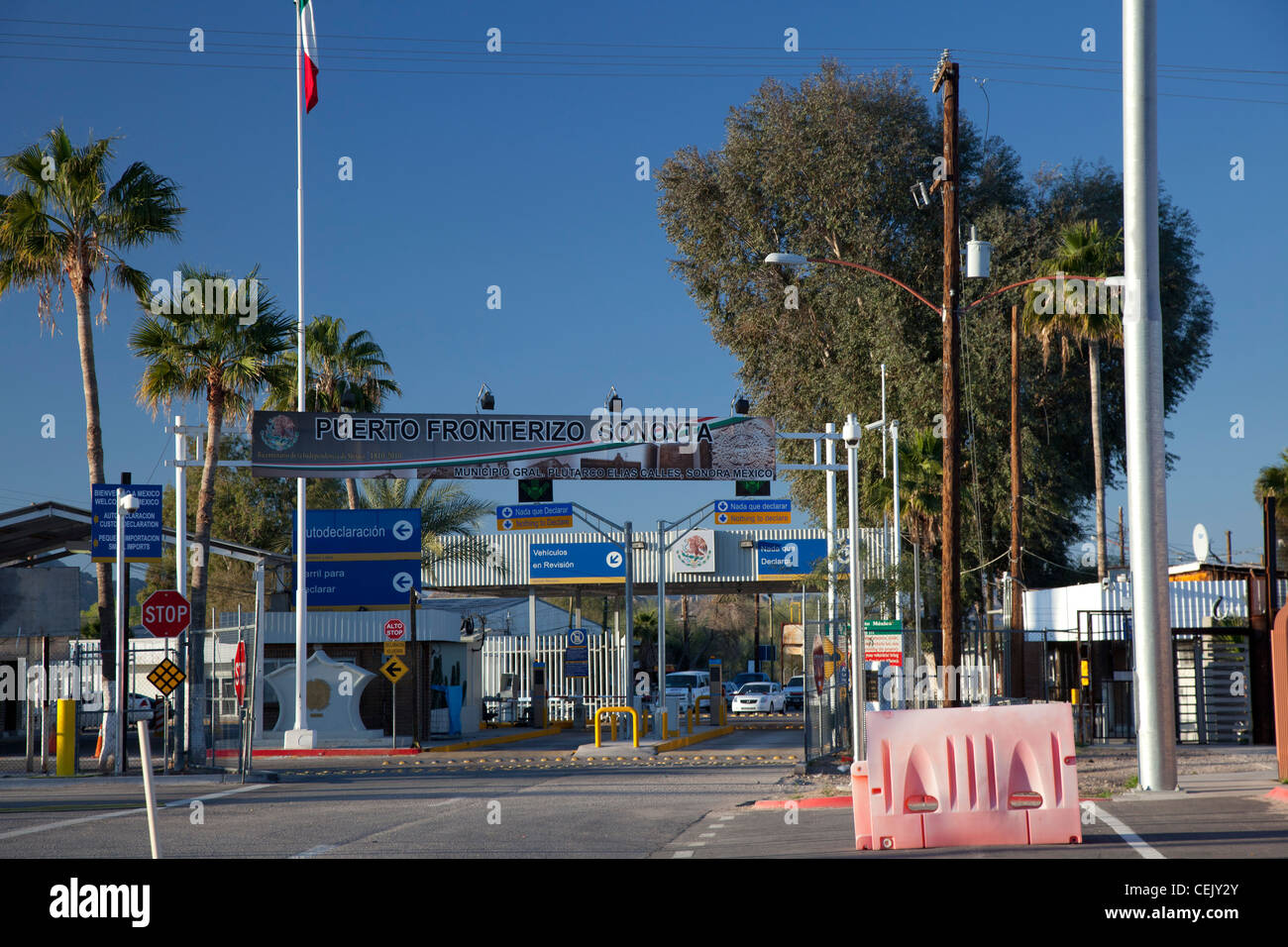 Lukeville, Arizona - The international border crossing to Sonoyta, Sonora, Mexico. - Stock Image