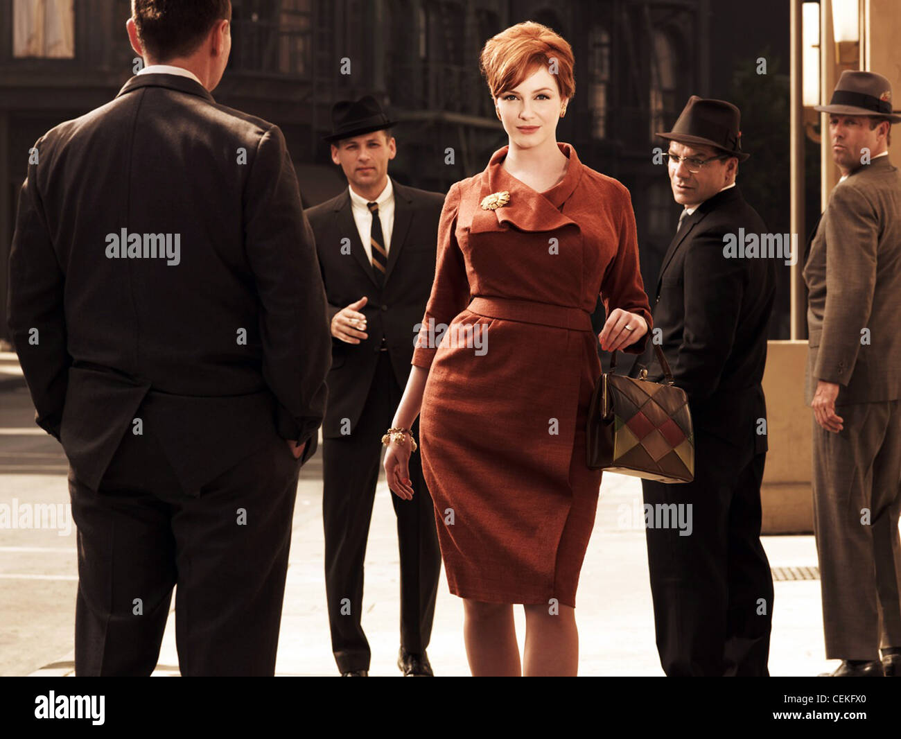 MAD MEN (TV) (2007) CHRISTINA HENDRICKS 004 MOVIESTORE COLLECTION LTD - Stock Image