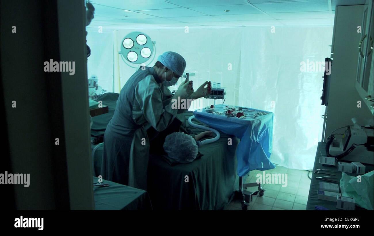 THE HUMAN CENTIPEDE (2009) DIETER LASER TOM SIX (DIR) 008 MOVIESTORE COLLECTION LTD - Stock Image