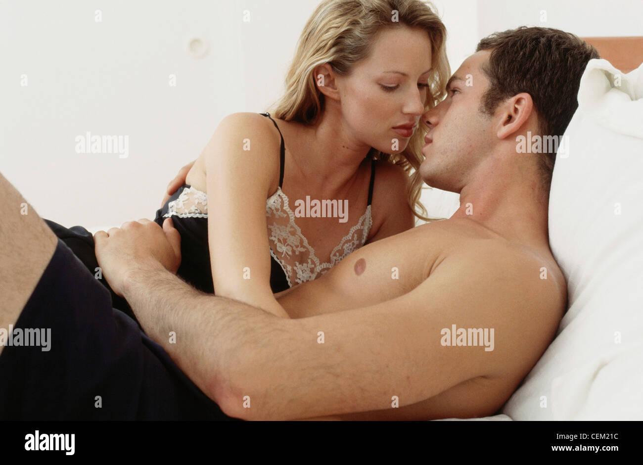 Vidhya balan sexy hot images-9208