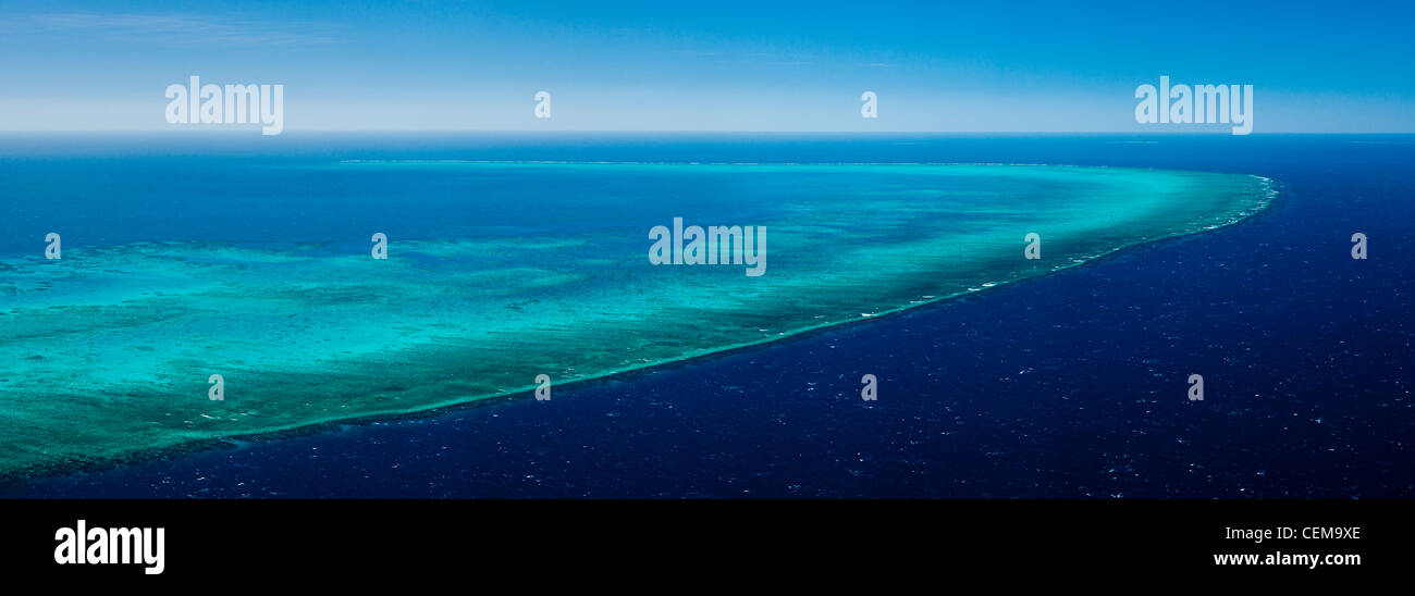Aerial view of Arlington Reef, near Cairns. Great Barrier Reef Marine Park, Queensland, Australia - Stock Image