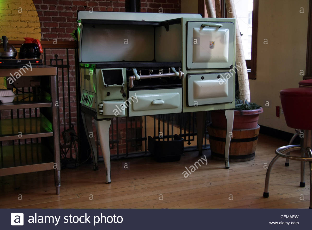 1950's or possibly 1960's American stove cooker range - Stock Image