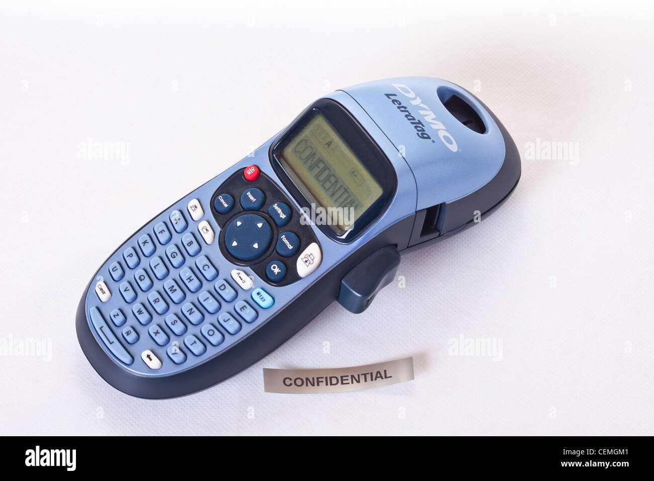 dymo label maker letratag with confidential label printed