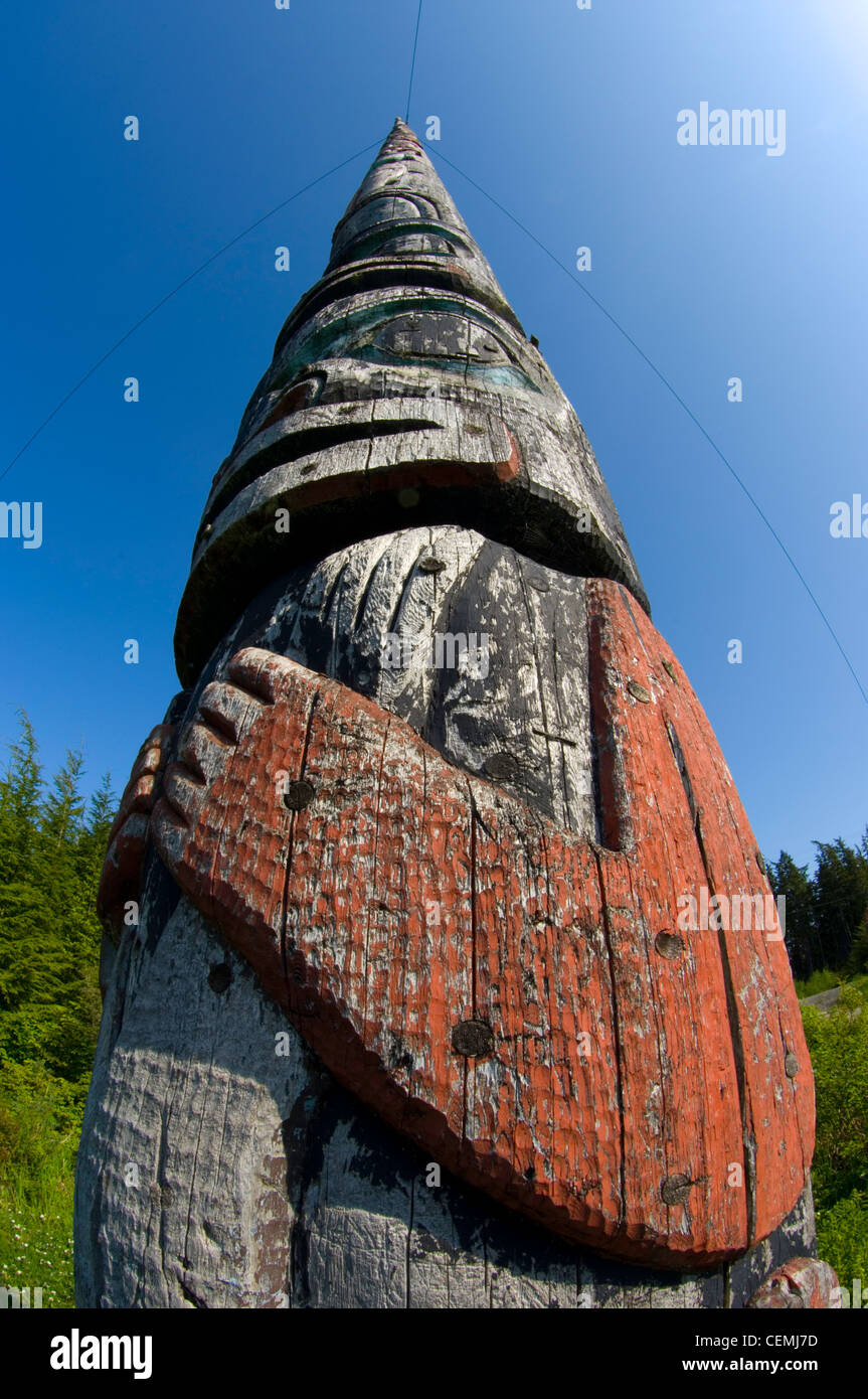 The world's tallest totem pole, 130', carved by the Tlingit people, Kake, Alaska - Stock Image