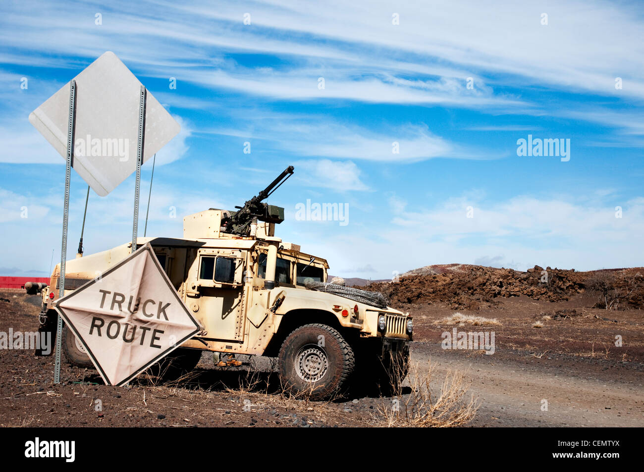 POHAKULOA TRAINING AREA, Hawaii -- A humvee from the 57th Military Police Company, 728th MP Battalion, 8th MP Brigade - Stock Image