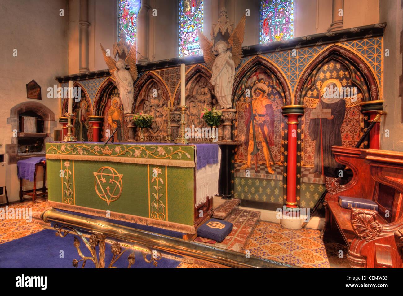 All Saints Church Thelwall, Altar detail South Warrington, Cheshire England UK United Kingdom Stock Photo