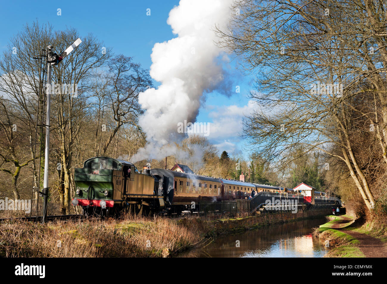 Ex-GWR Large Prairie Tank loco number 5199 takes a train out of Consall on The Churnet Valley Railway, Staffordshire - Stock Image