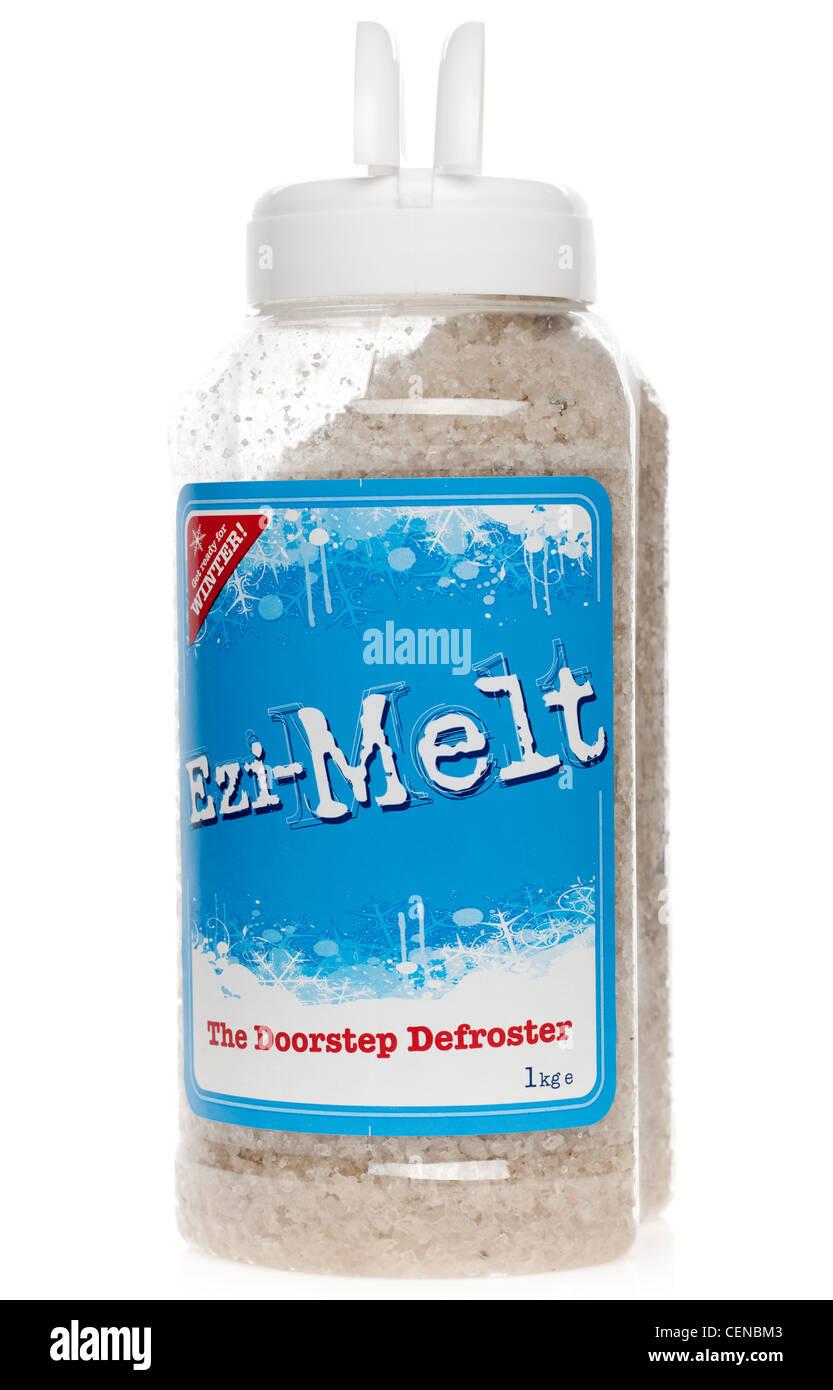 One kilogram container of Ezi Melt doorstep defroster - Stock Image