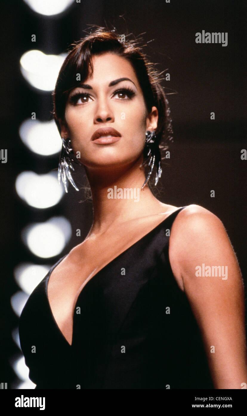 Yasmeen Ghauri Stock Photos & Yasmeen Ghauri Stock Images ...