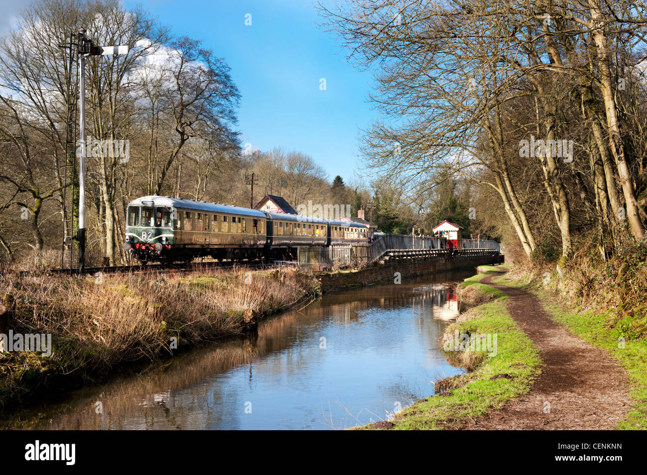 Historic diesel multiple unit train leaves Consall on The Churnet Valley Railway, Staffordshire - Stock Image