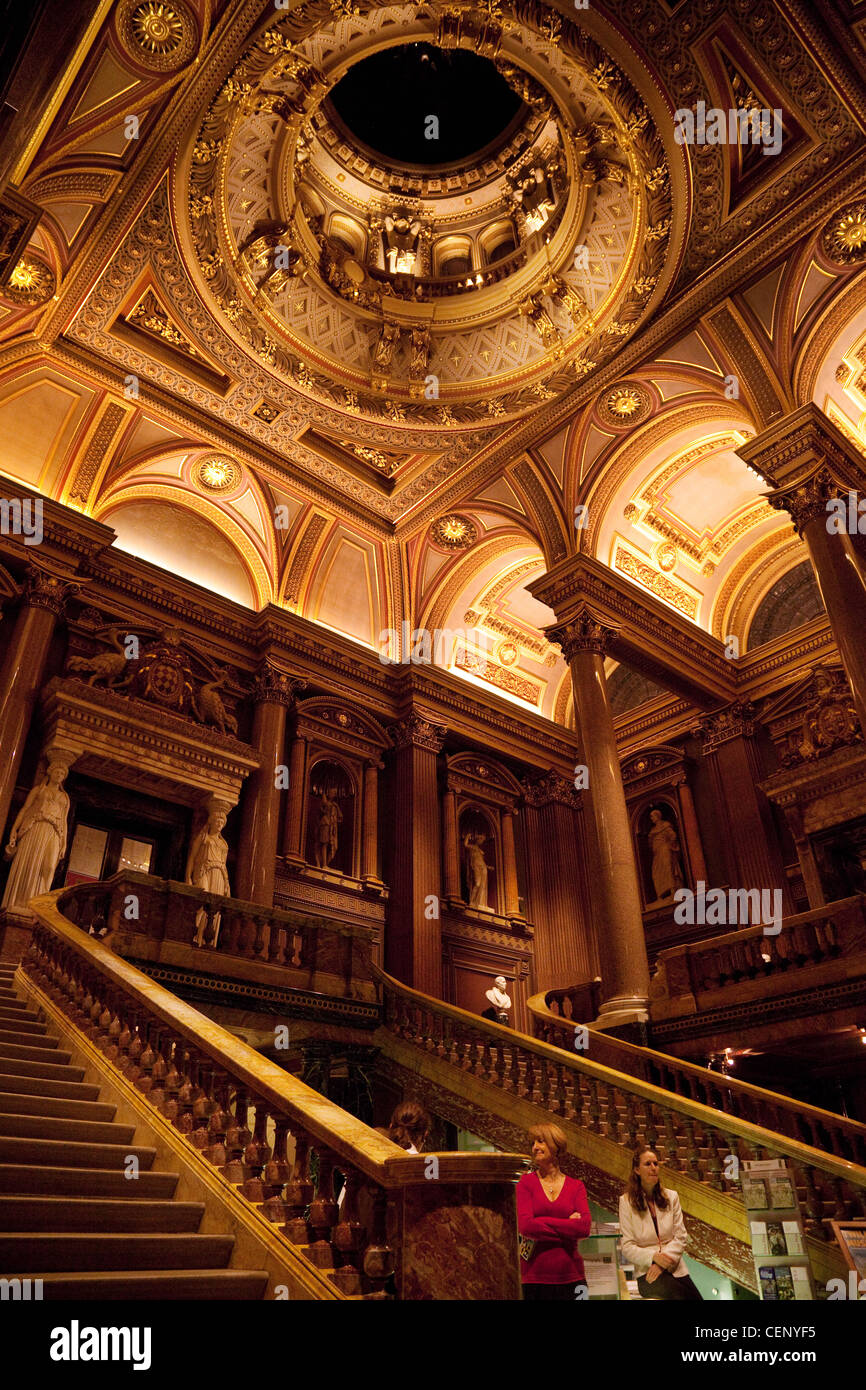 The ornate entrance hall, the Fitzwilliam Museum, Cambridge UK - Stock Image