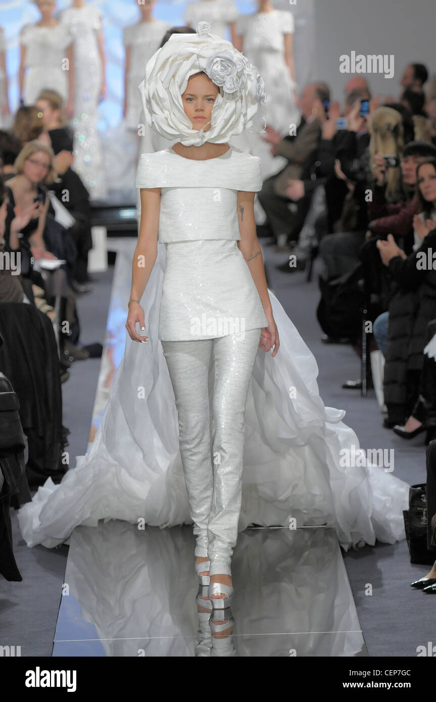 Chanel Paris Haute Couture Spring Summer Shiny Ivory blouse and matching  skintight trousers 128eb63e874