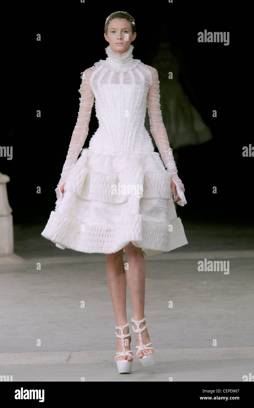Alexander Mcqueen Wedding Dress Stock Photos & Alexander Mcqueen ...