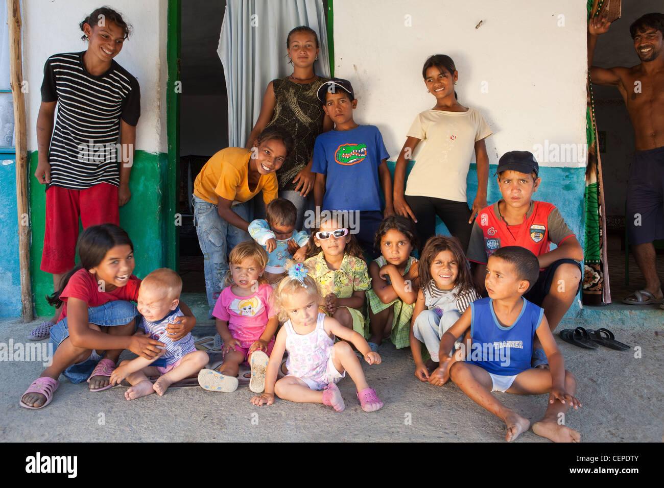 Bulgarian family of Roma Gypsies - Stock Image