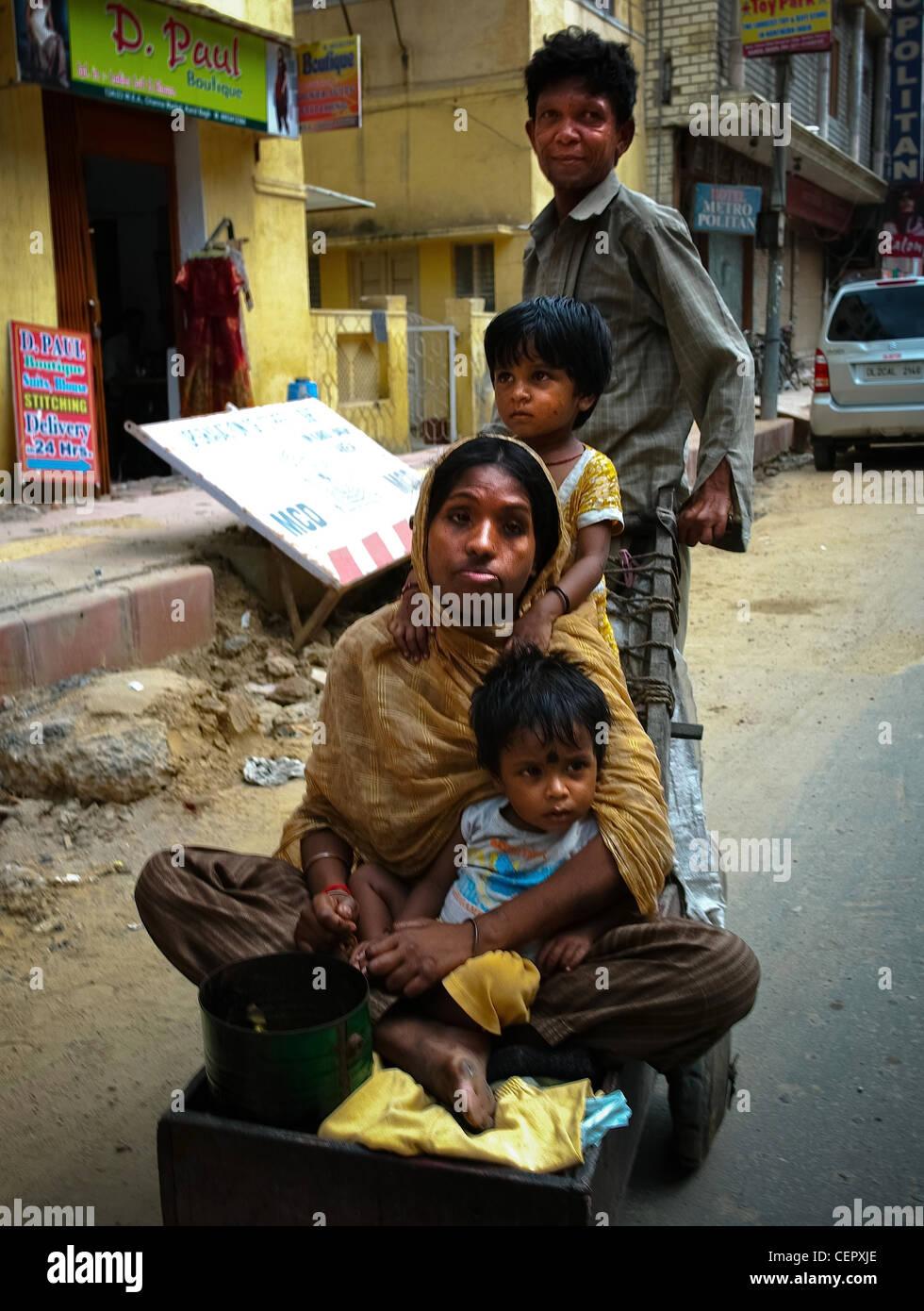 New Delhi, untouchable family in New Delhi - Stock Image