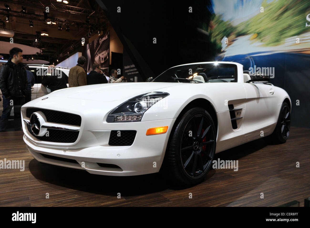 Superior White Sports Convertible Car Mercedes Benz Sls Amg Roadster