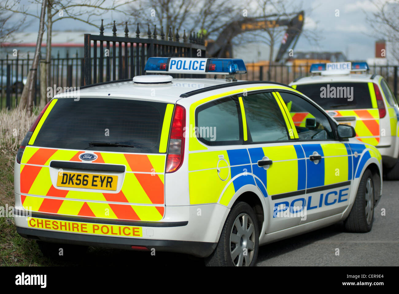 uk police car at the scene of a civil disturbance stock. Black Bedroom Furniture Sets. Home Design Ideas